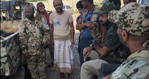 """العميد طارق صالح يزور مسرح عمليات """"المشتركة"""" ويشيد بصمود أبناء العبدية"""
